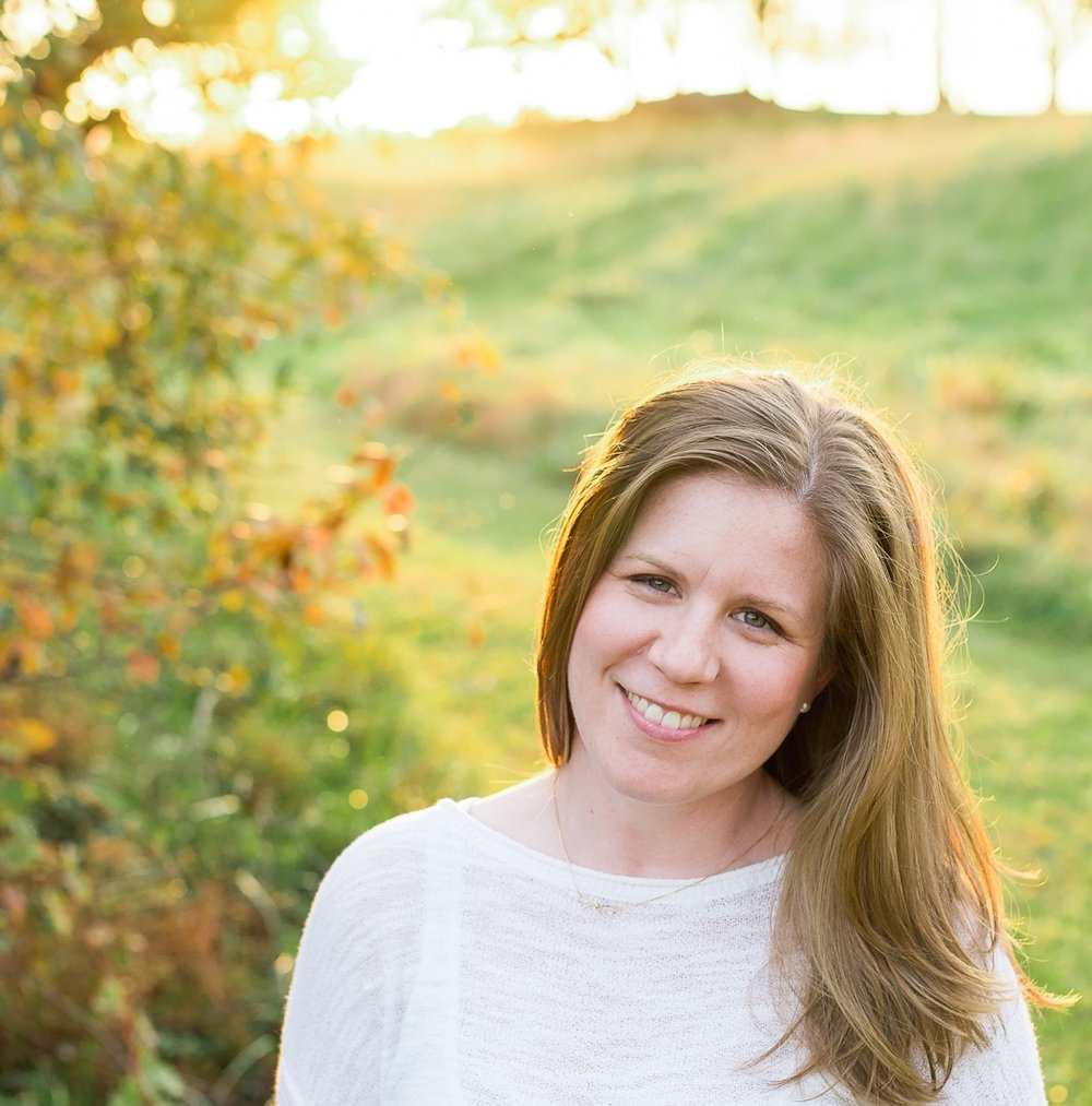 Headshot of leading UK family photographer in the countryside of Bicester, Oxfordshire.