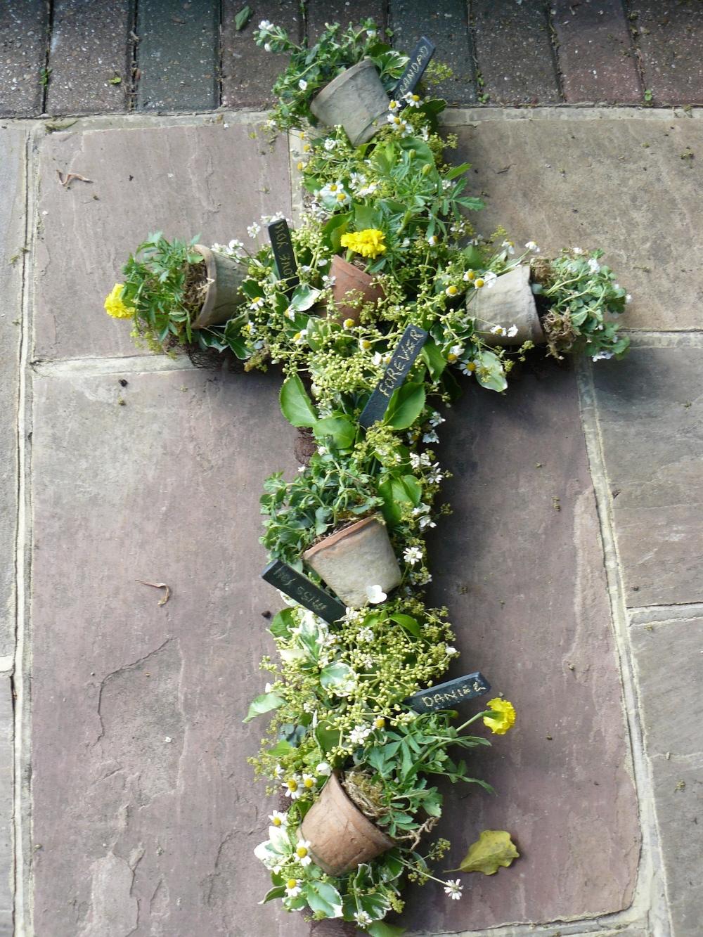 gardeners cross shuttleworth.jpg