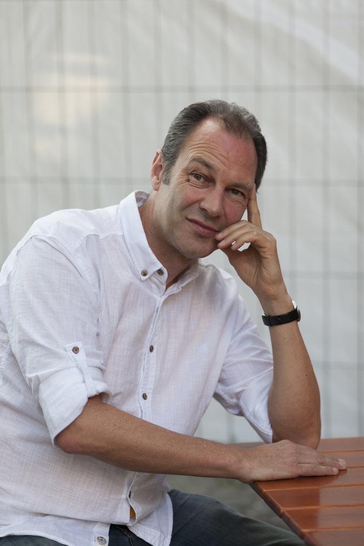Hans-Werner Kroesinger@Viktor Richardsson-Exberliner-8.jpg
