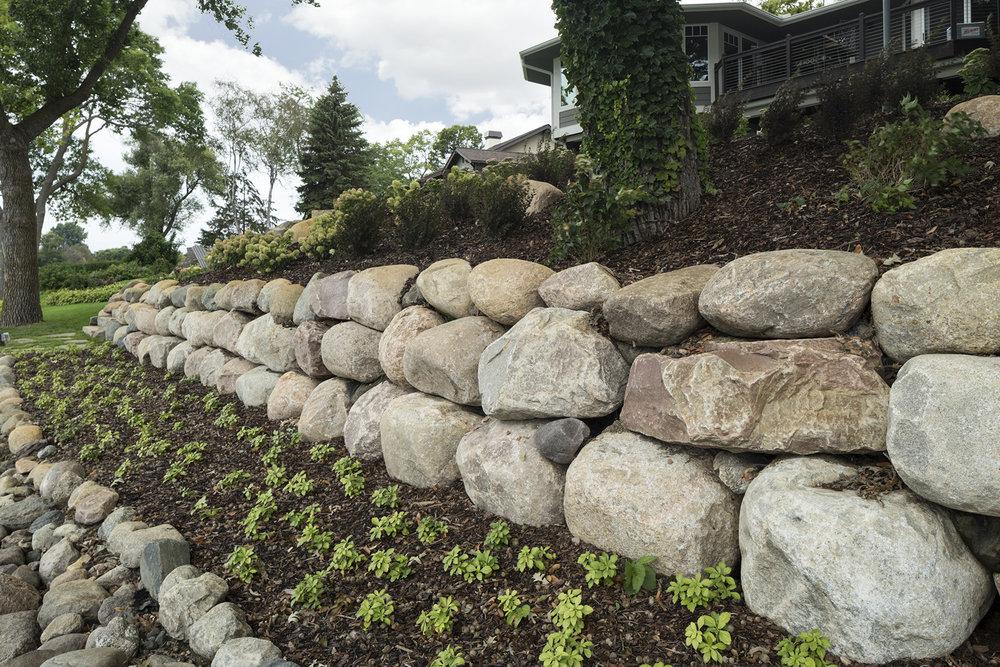 Boulder wall .jpg