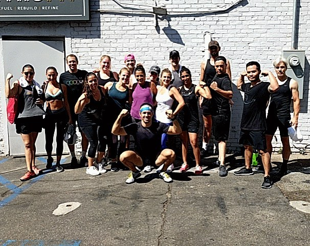 This is what a true Sunday Funday Retrofit style looks like! Get your workout on before you get your beer on! Thanks to @christiancinalli for instructing a great class and to the @electricflightcrew for joining us this morning! 💪😀 . . . . #retrofitweho #retrofitcommunity #retrofitcafe #strongertogether #fitnessfamily #fitnessgoals #westhollywoodfitness #hiitworkout #hiit #healthylifestyle