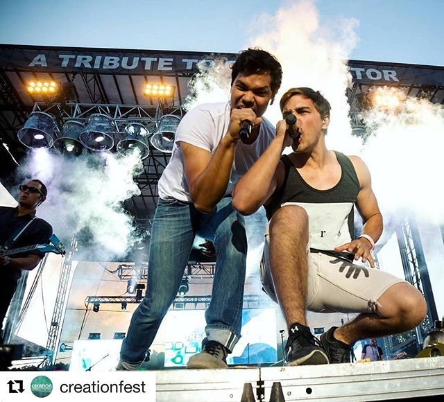 @creationfest ・・・ It's always a party when @breadofstone hits the stage, & it was no exception when they helped us kick off #Creation17! And how cool was that special guest appearance by @brothersbandoh ?! 😎🤘