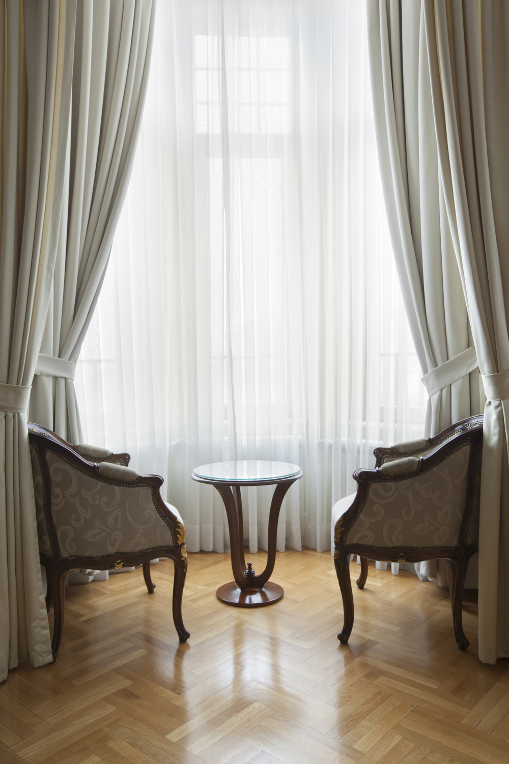 Custom Livingroom Curtains and Drapes