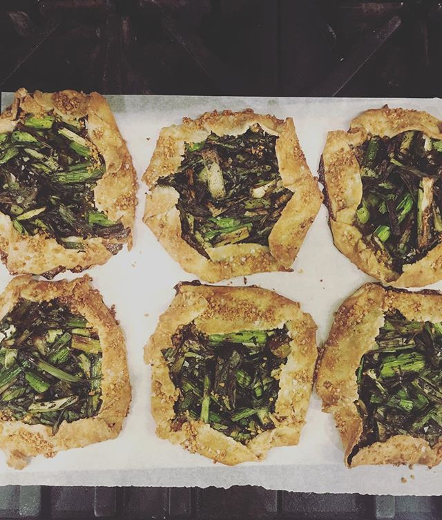 Breaky galettes now! Asparagus + charred garlic scallion and we also have rhubarb-ginger galette. Both inspired from our local organic produce... 10-3 brunch @smallmangalleypgh 1 of 3 Sunday brunches left!