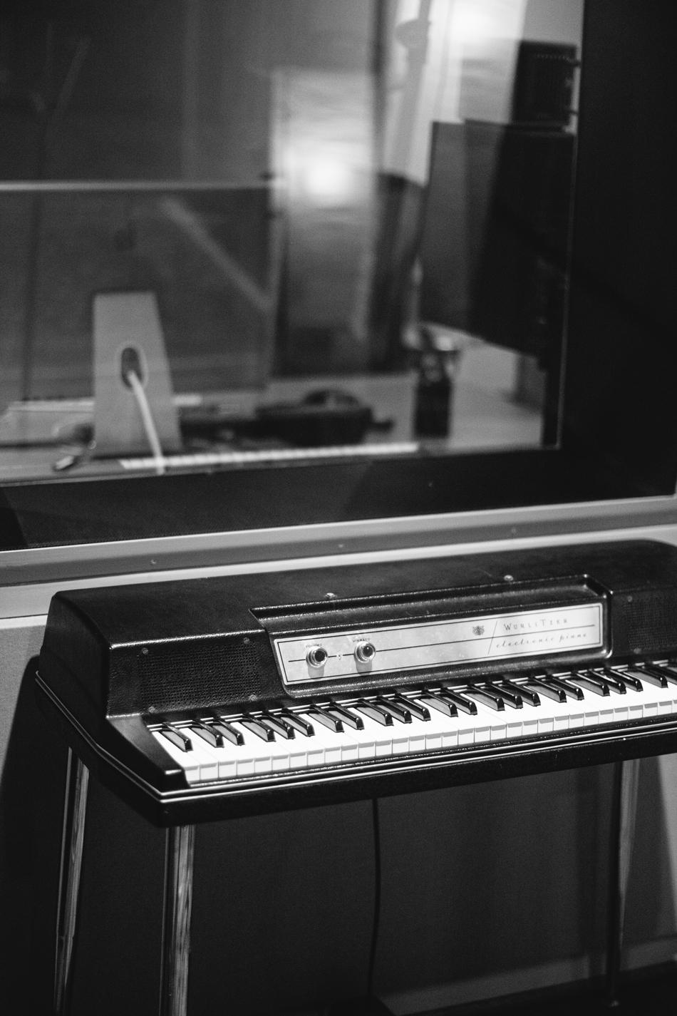 Wurlitzer // Studio B
