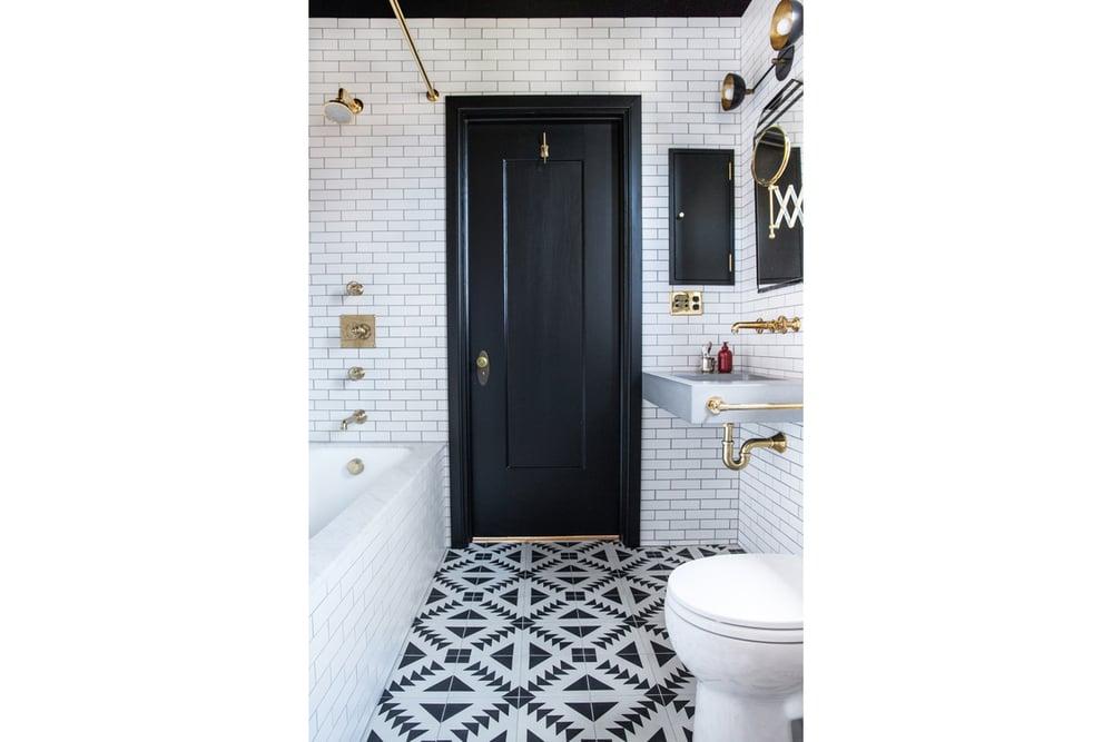 Katie Martinez Oakland Bathroom on leenB.com