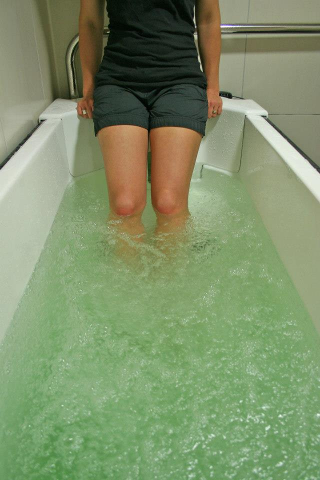 Aeration massages and eases muscles and joints