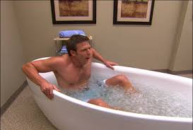 Dr. Travis Stork tries cryotherapy