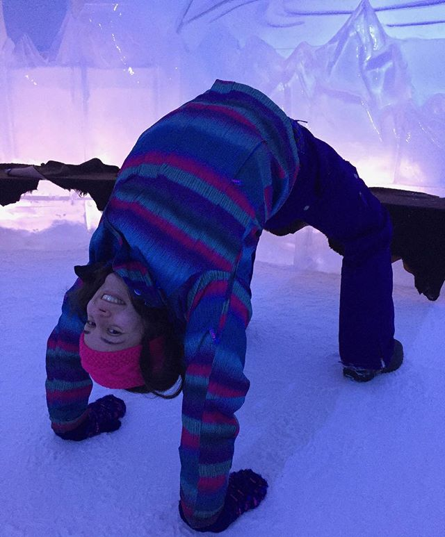 My dad took us a super sweet family holiday a couple weeks ago. I tried my hand at a new popular yoga style, #Snowga! In an ice castle no less 😄❄️🏰 . Making the best of winter really is a whole lot of fun! . #Yogarific #Snowgarifc 😉