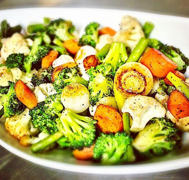 Charred veggies just for you!! #freshveggies #localproduct #healthyeating #grandrapidsmichigan #puremichigan #grmi