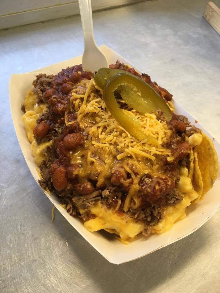 Brisket Chili Mac Nachos