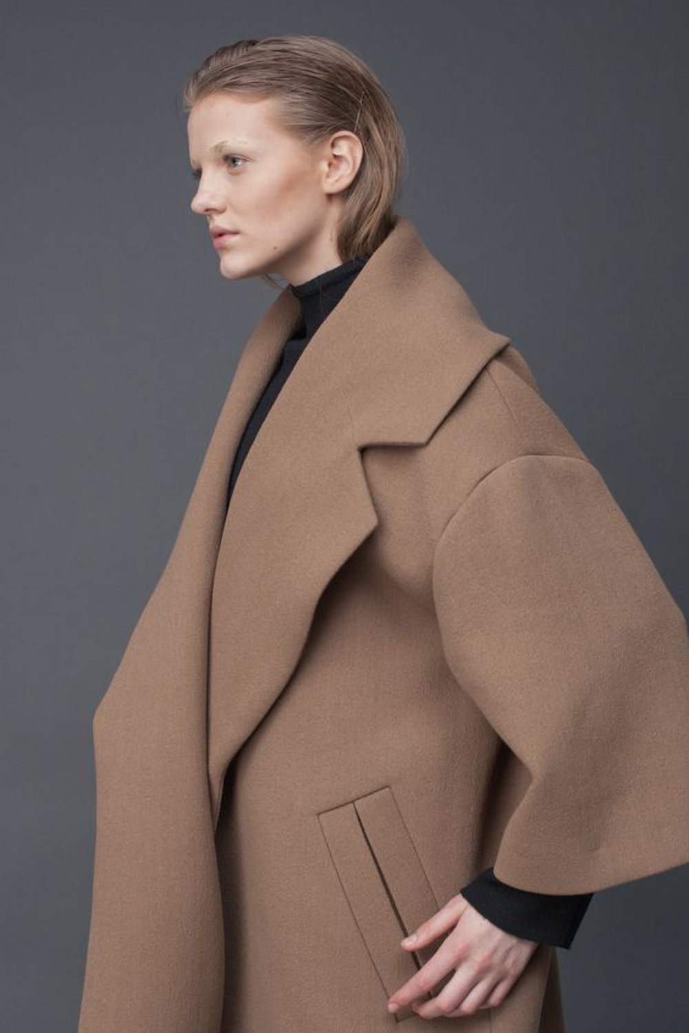 Camel Oversize Coat | LAKE