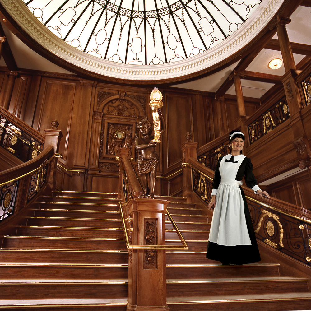 tit017_staircase_maid_hires.jpg