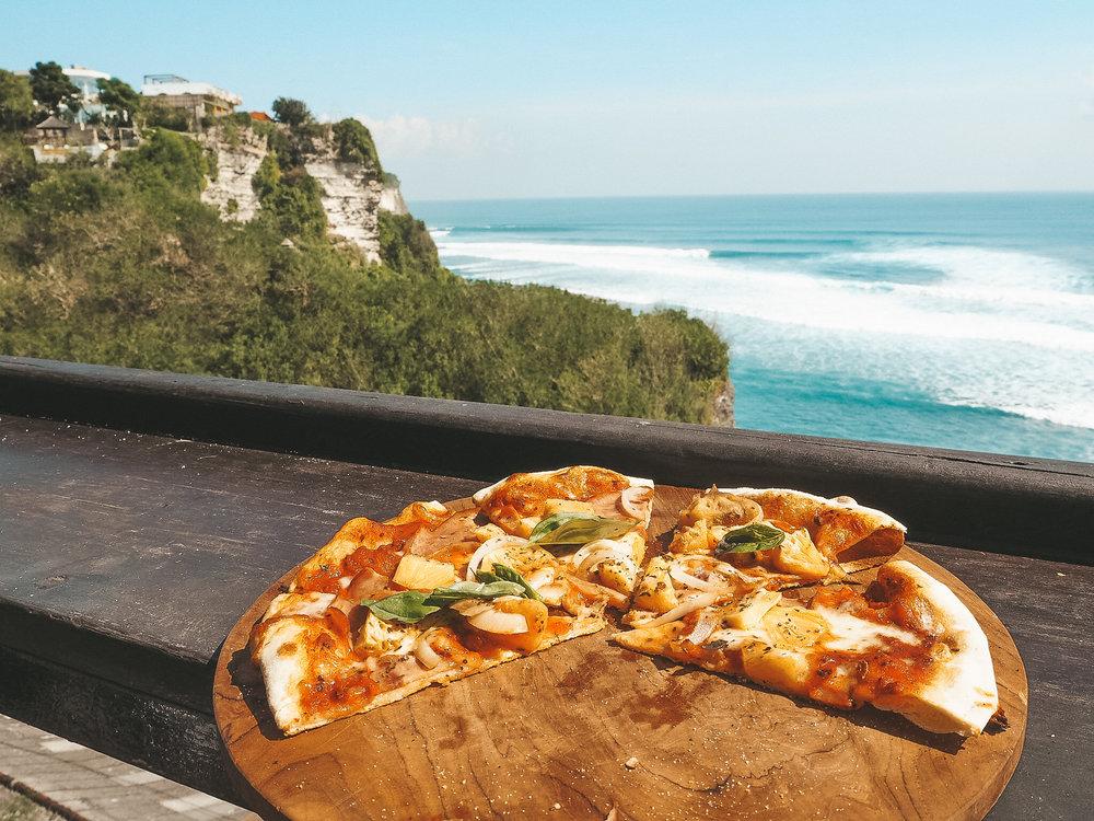 THE Pizza @ Single Fin