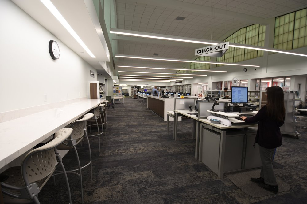 Laptop Bar, Circulation Desk, Check-Out Area (Photo Credit, Bond Architects, Inc.).JPG