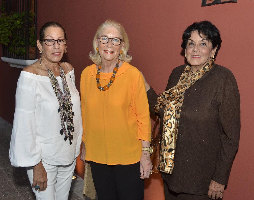 Vivian Mejía, Ana Marranzini y Luchy Mejía