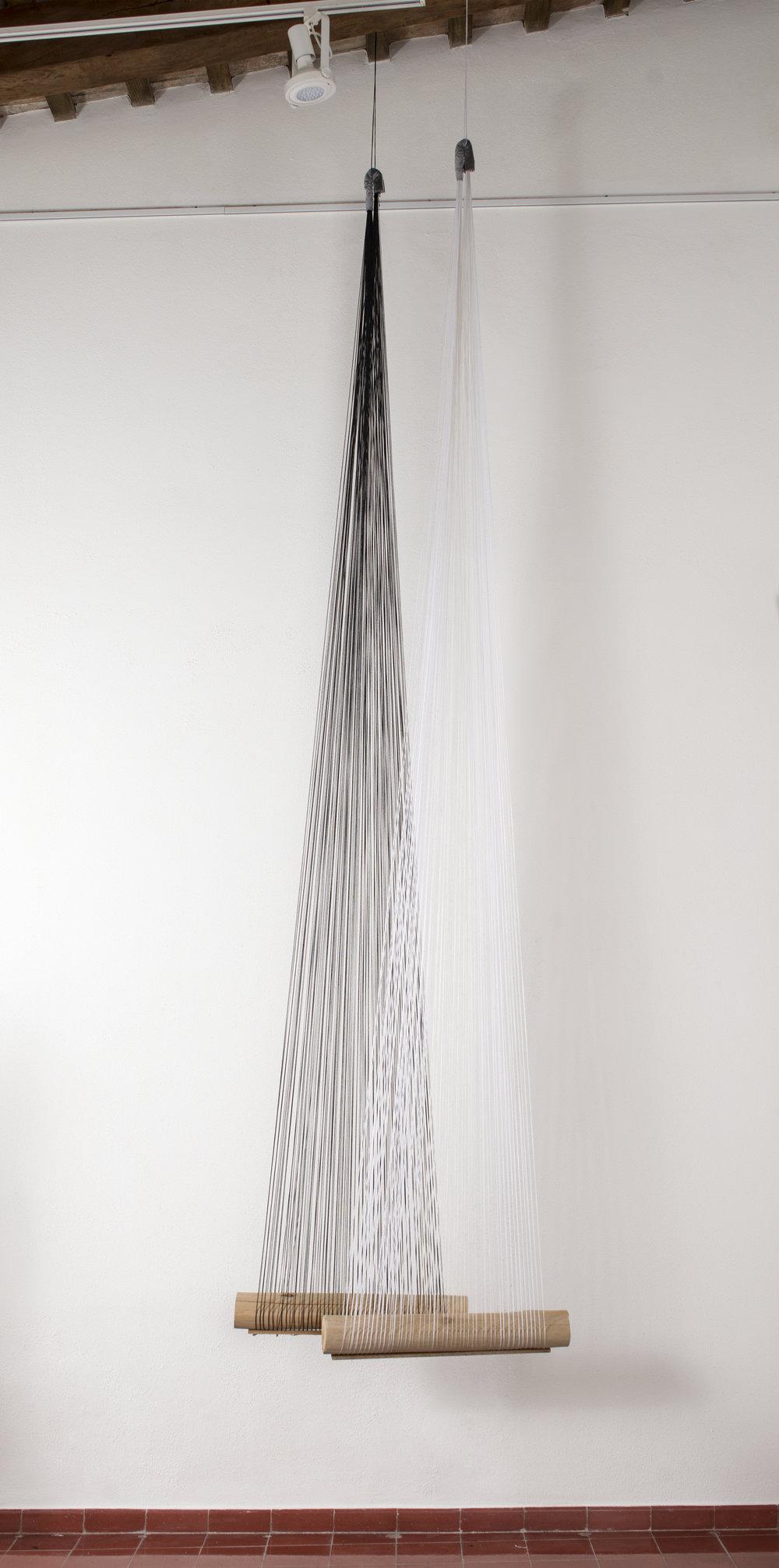 """""""Una larga historia"""", Patricia Castillo (Patutus) I Instalación escultórica"""