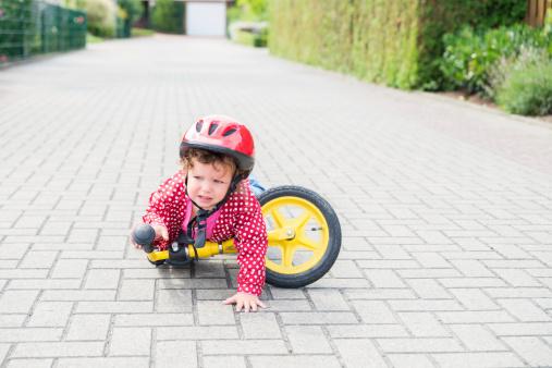 child-falling-off-bike.jpg