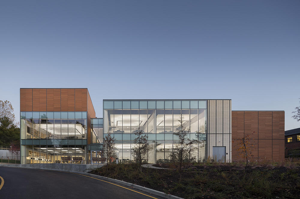 Dwight Englewood STeM Center, NJ, USA. Gensler NY.