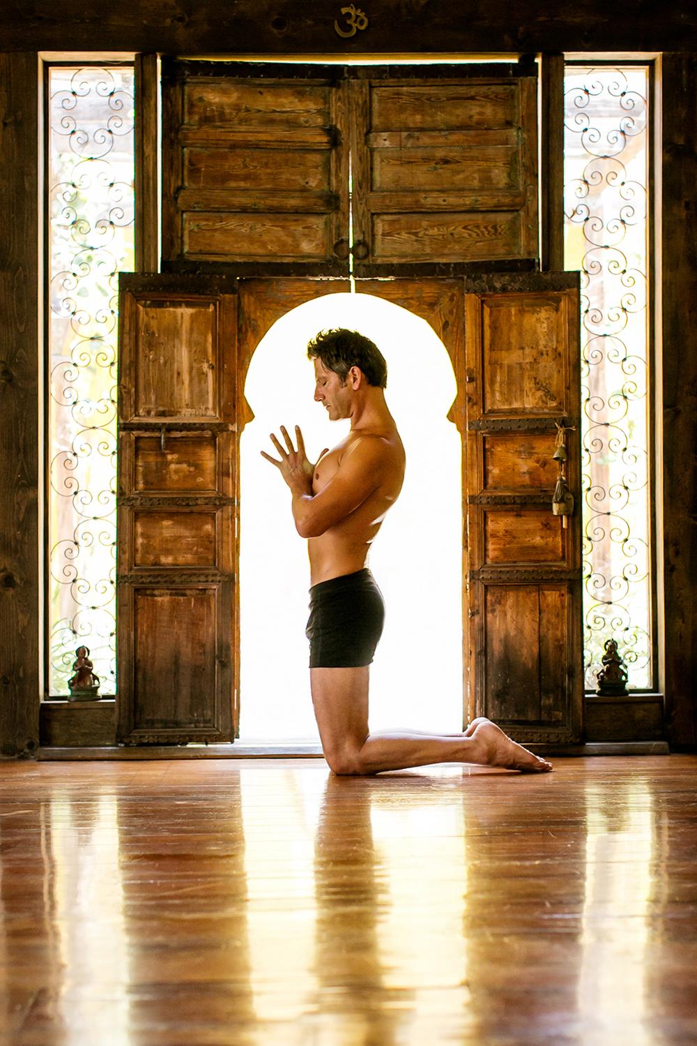 tony_g_yoga_07_retouch_web1500px.jpg