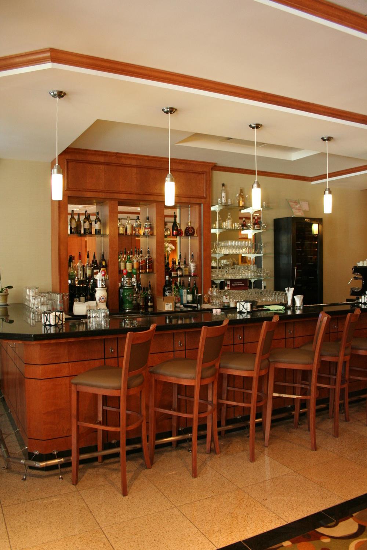 Hilton Garden Inn Montreal 3.JPG