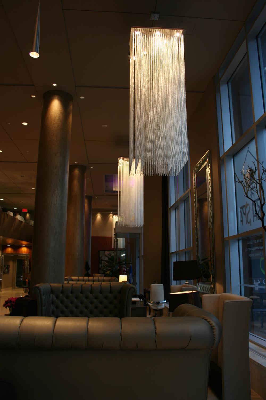Le Crystal Hotel - Montreal, Qubec 3.jpg