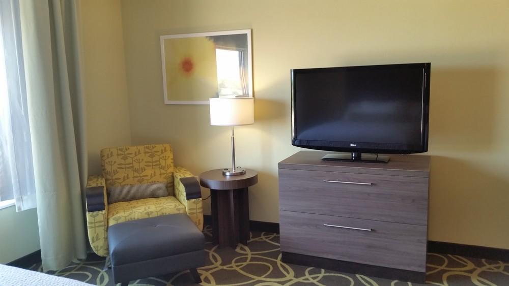 Town Place Suites in Kincardine Ontario 2.jpg