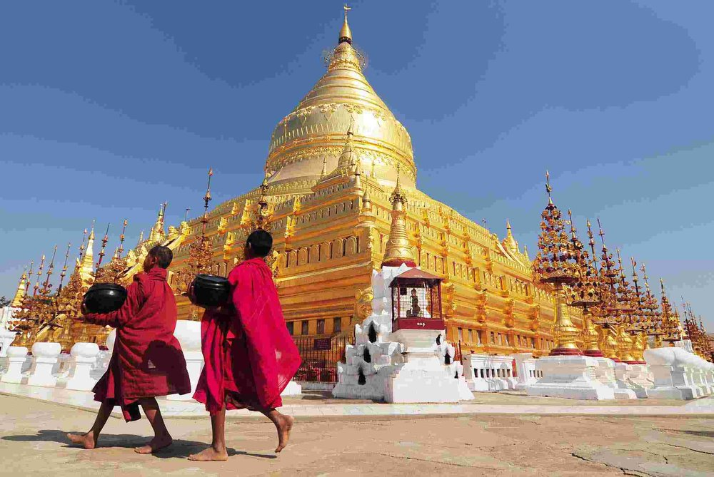myanmar_burma_bapan_temple_monks_0.jpg