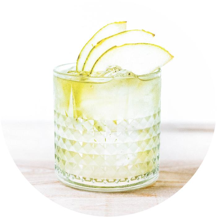 fermensch-flavors-glass_kombucha-flavor-dry-hopped-pear.jpg