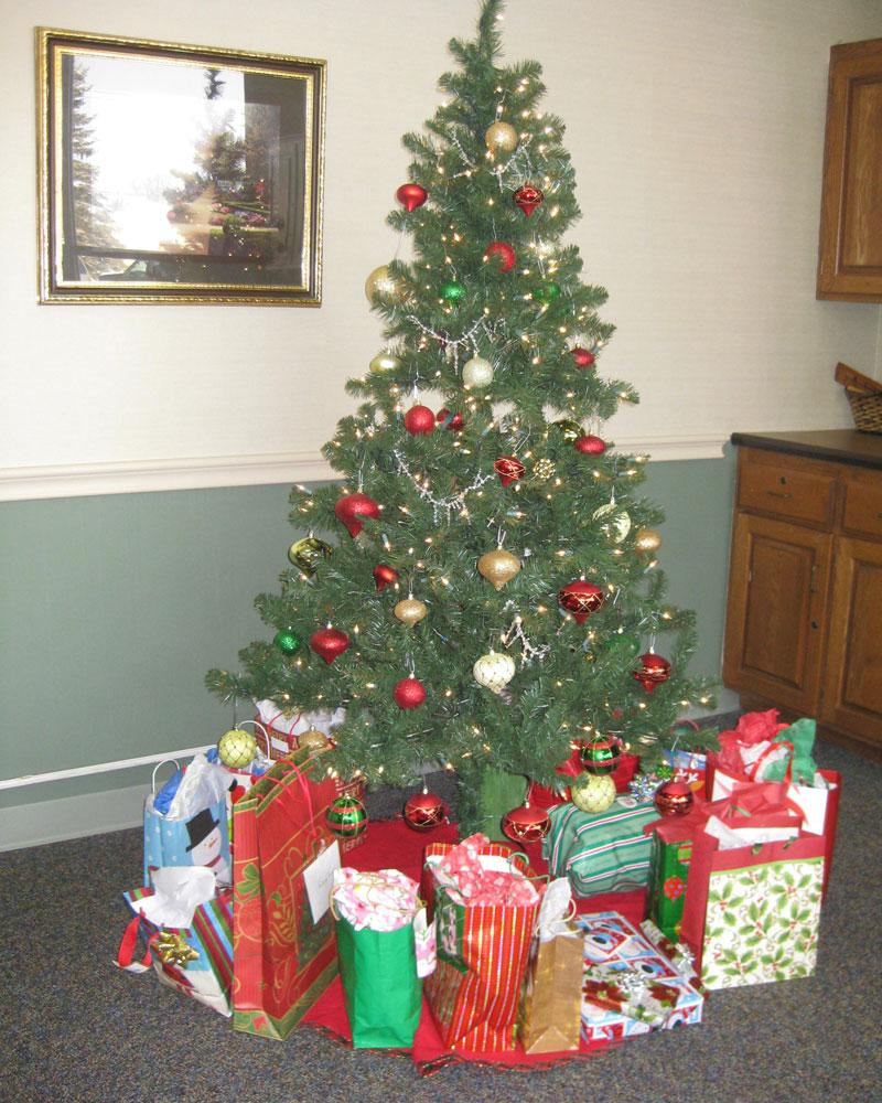 Christmas2014tree.jpg