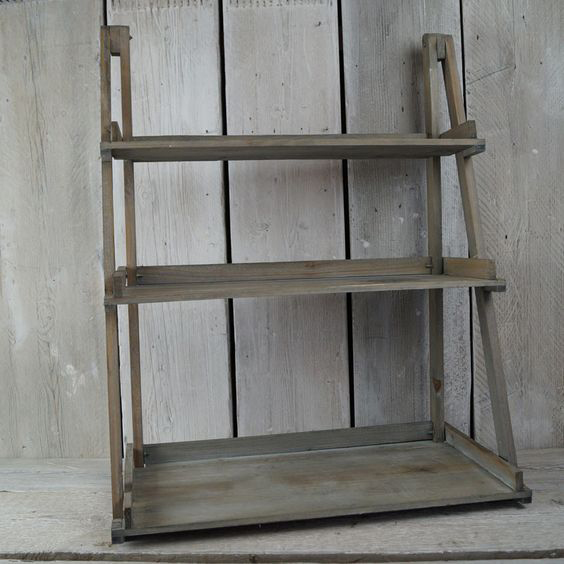3 Shelf Display £15