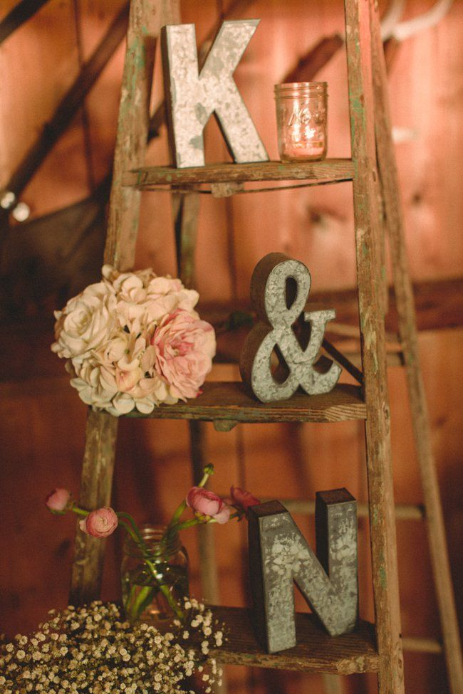 Vintage-Ladder-For-Wedding-Display.jpg