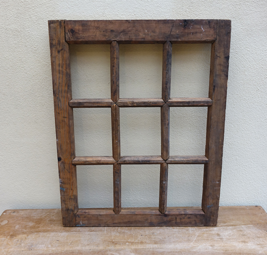 Wooden Window Frame £7.50 (4 available)