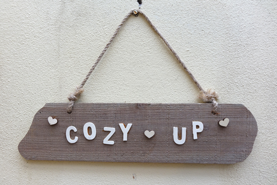 Cozy Up (X1) 72cm x 46cm £2