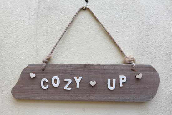 Cozy Up (X1) 72cm x 46cm £2