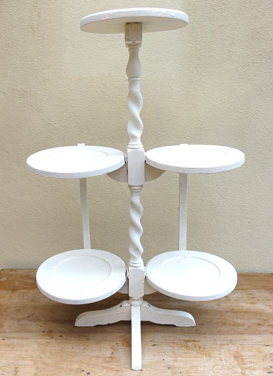 White 5 tier (X1) H: 75cm W: 50cm D: 32cm £7.50