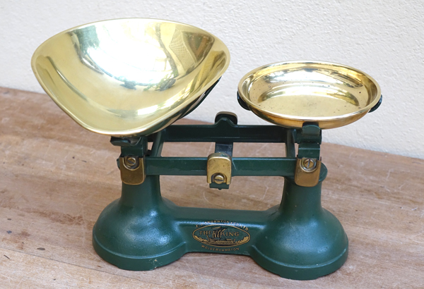 Vintage Brass Scales £3