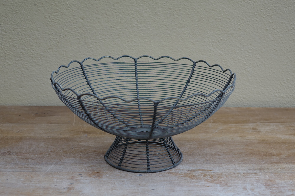 Wire Basket £2