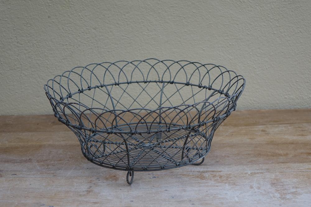 Wire Basket £2