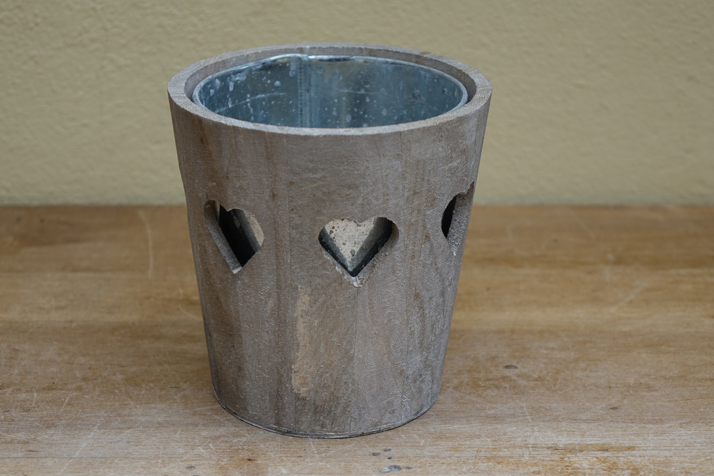 Large Wooden Heart Flower Pot or Table Centre £3