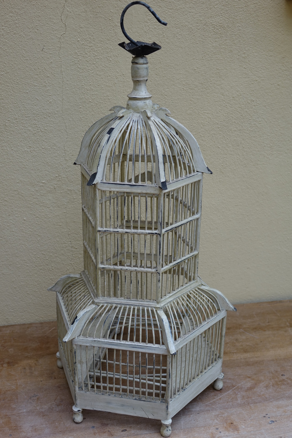 Large Cream Vintage Wooden Birdcage £10