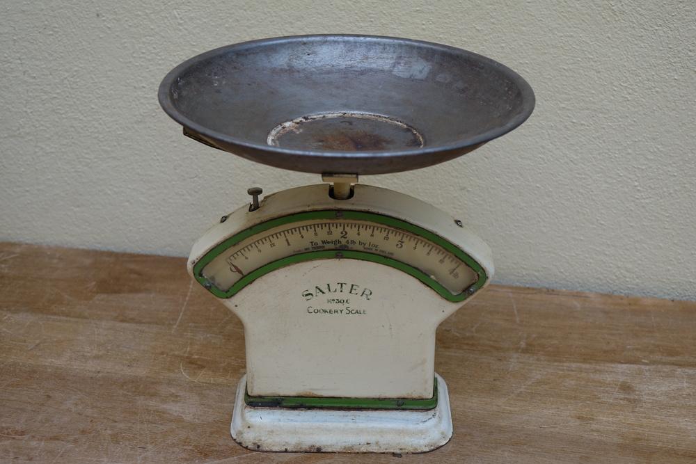 Vintage Salter Scales £4