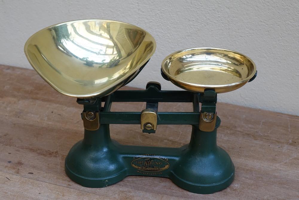 Vinatge Scales £3