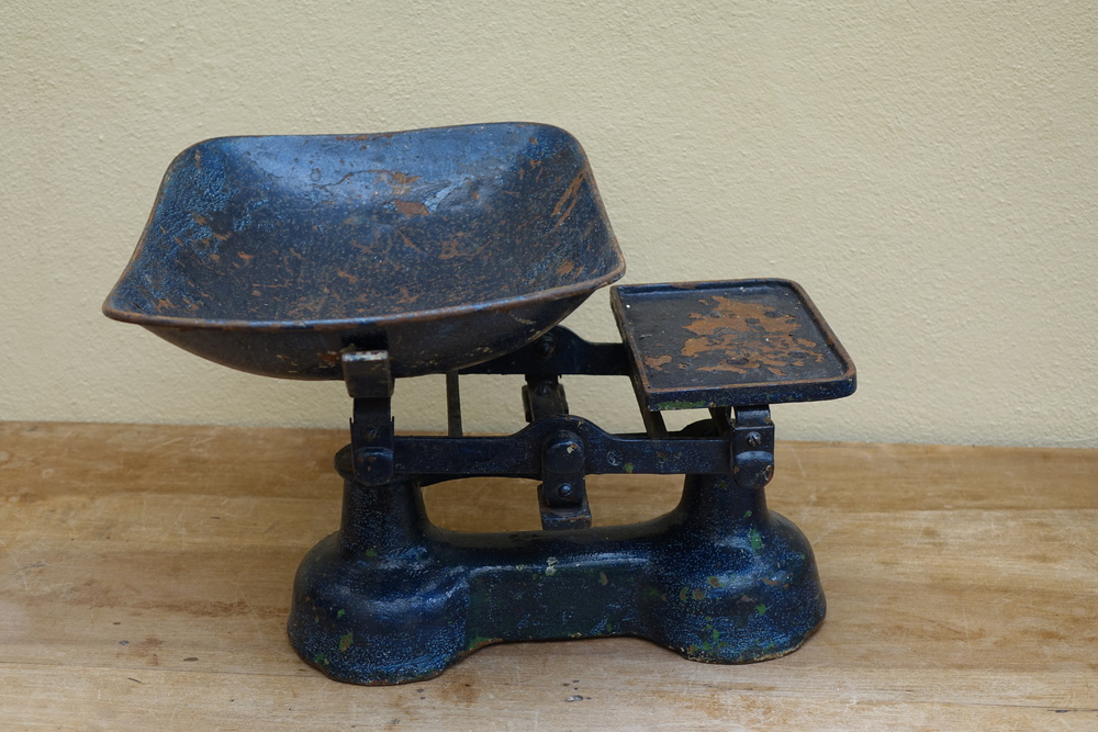 Vintage Grocers Scales £4