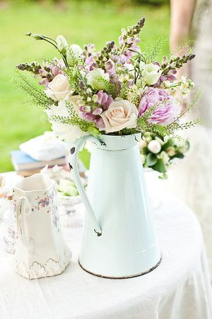 cream milk churns 2.jpg