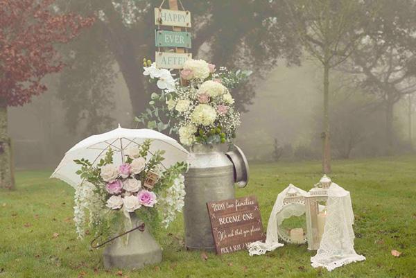 Vintage-Affair-Creamery-Bucket.jpg