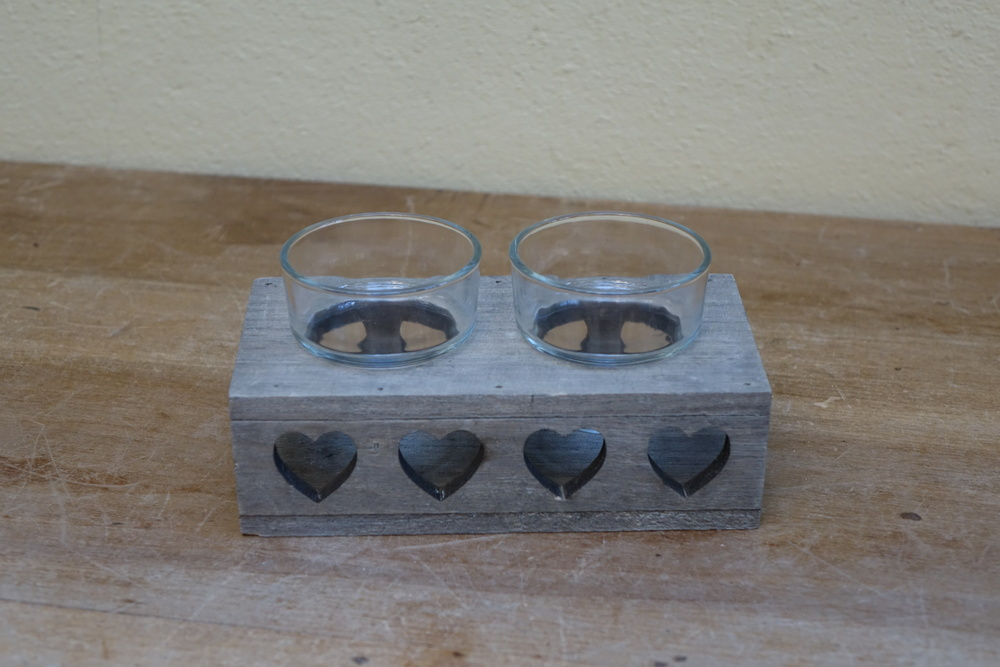 Wooden Heart Tealight Holder £1.50