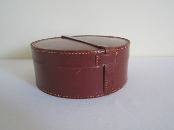 Leather small round hat boxes for display