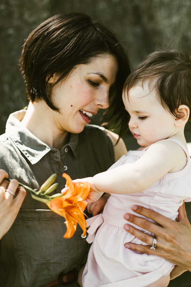 Mother_Daughter_Family_Photography-5.jpg