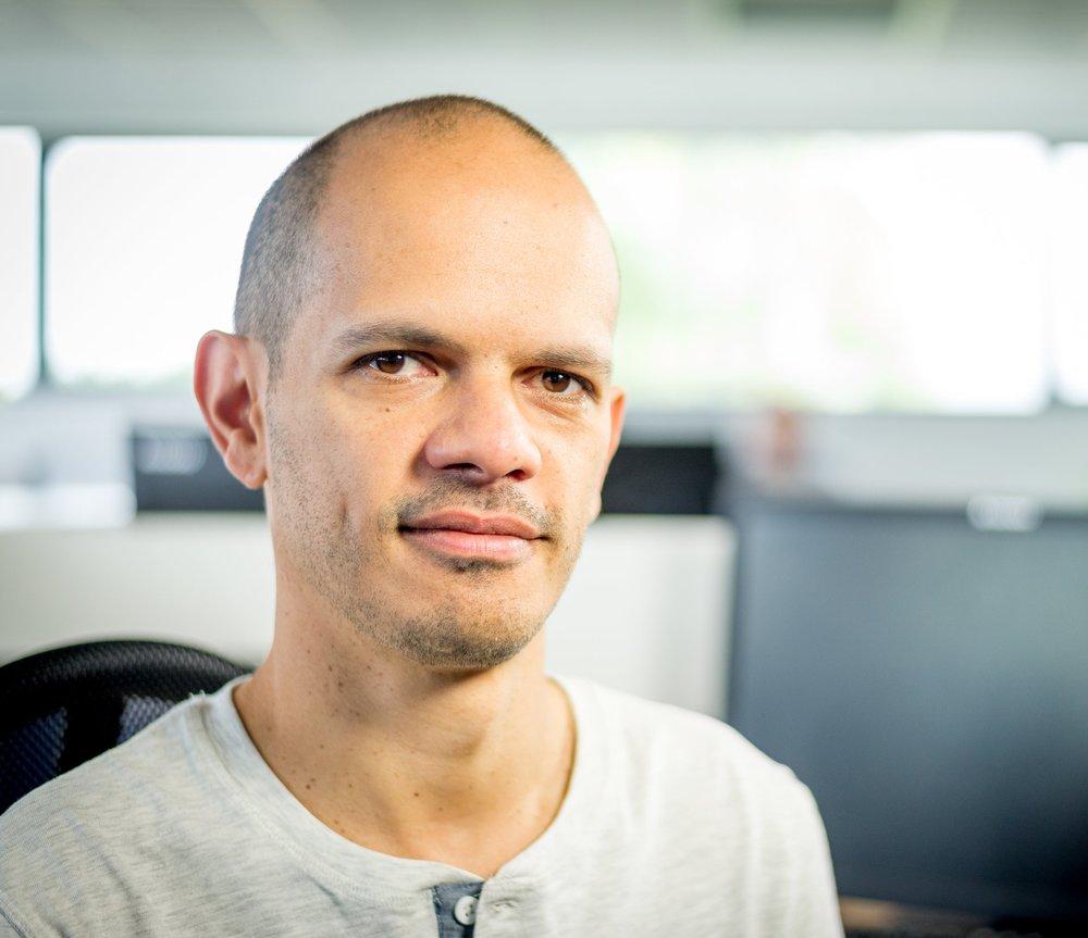 Christophe Maillot   Christophe est responsable de l'infrastructure des serveurs GLOBULE et le concepteur des technologies de sécurité mises en œuvre dans l'application. Il supervise la version mobile de Globule sur Android.
